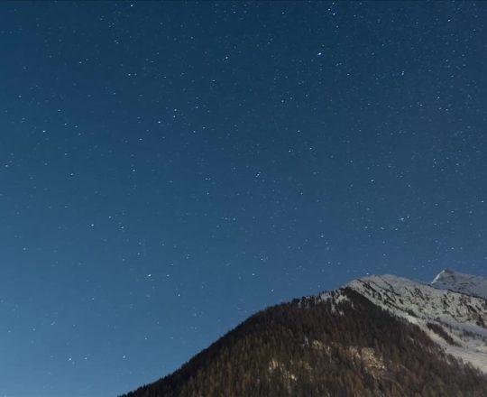 Grimentz astro time lapse Jan 2011